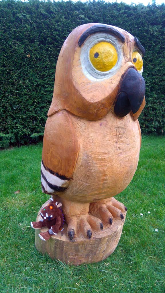 Chainsaw Carving Gallery | Gruffalo Owl Sculpture